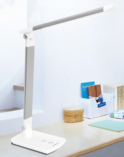 Panasonic 松下学生书桌护眼台灯国A级减蓝光台灯HHLT0615