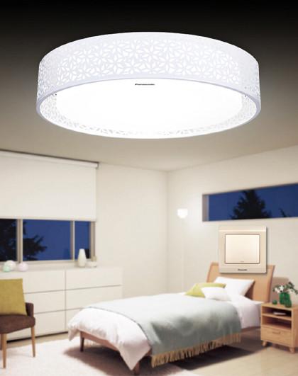 Panasonic 松下吸顶灯具LED现代简约客厅卧室灯遥控调光HHXZ3000