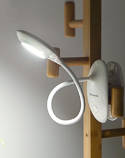 Panasonic 学生书桌台灯卧室床头小夜灯可充电式夹子台灯HHLT0232