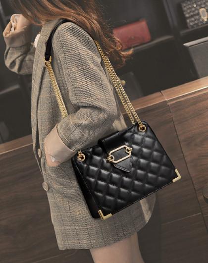 FOXER 【爆款推荐】新款牛皮菱格包水桶包链条包单肩包包女式斜挎包女包