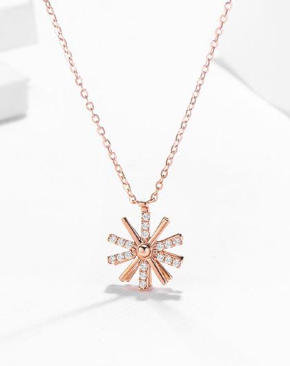 18K金项链女雪花套链双层花朵吊坠锁骨链可转动金项链生日礼物