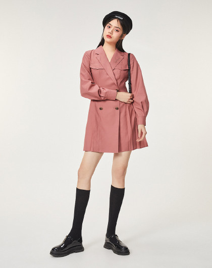【迪士尼米奇联名】太平鸟粉色西装领连衣裙春装2020新修身百褶裙