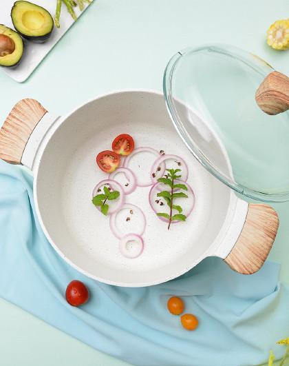 乐扣乐扣 MINT 4.7L双耳加厚复合底24cm家用不易粘炖锅带盖汤