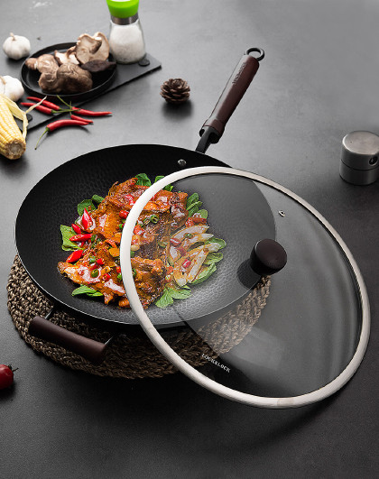 乐扣乐扣 老式铁锅多灶通用锤纹铁锅炒锅