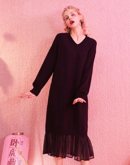 妖精的口袋 春夏长袖连衣裙宽松套头V领针织打底纯色直筒a字裙