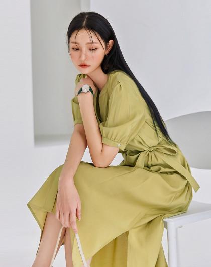 夏韩版女款收腰开叉中长款气质短袖连衣裙