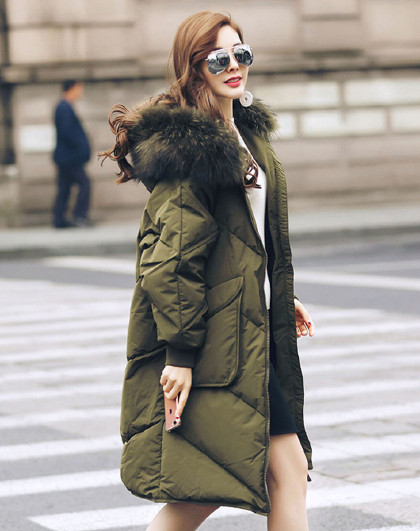 2020冬季时尚中长款貉子毛领韩版连帽加厚保暖女式羽绒服