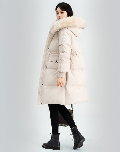 雪中飞羽绒服女秋冬新款宽松舒适保暖貉子大毛领女式羽绒服中长款