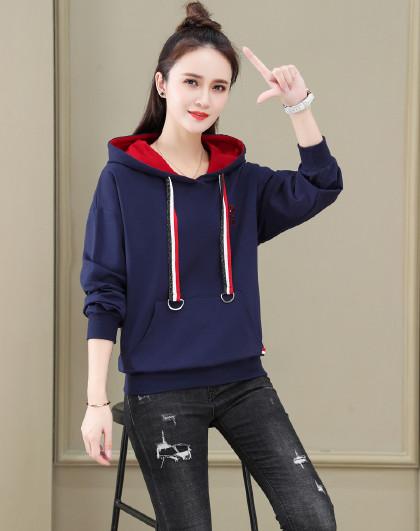 【运动卫衣】 女款运动潮流时尚撞色字母设计套头连帽卫衣