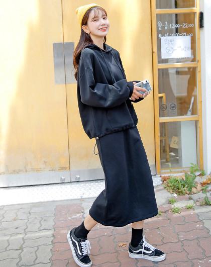韩都衣舍 2021春装新款女装韩版通勤连帽两件套时尚套装
