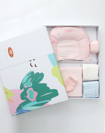 婴儿礼盒新生儿礼盒套装0-1岁宝宝苎麻护型枕头棉麻隔尿垫