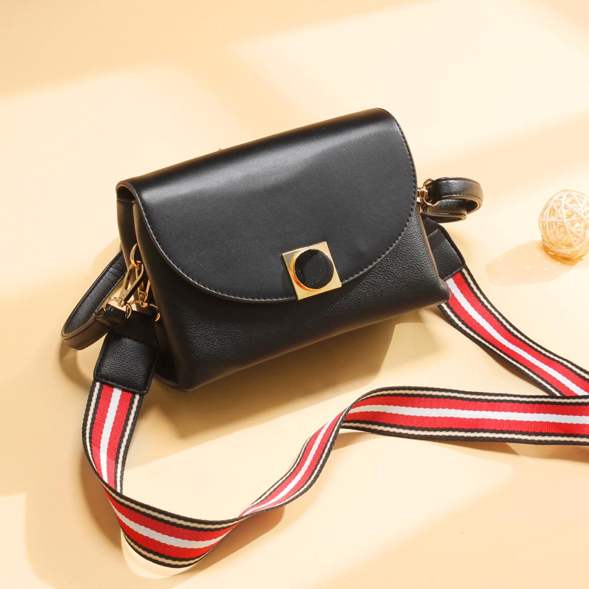 蒙娜丽莎 2019年新款包包条纹宽肩带小方包圆环锁扣单肩斜挎包女包
