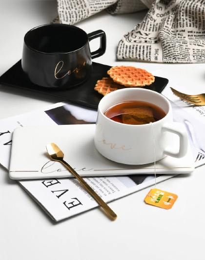 陶瓷马克杯创意北欧风INS水杯简约办公室咖啡杯带勺套装225ML