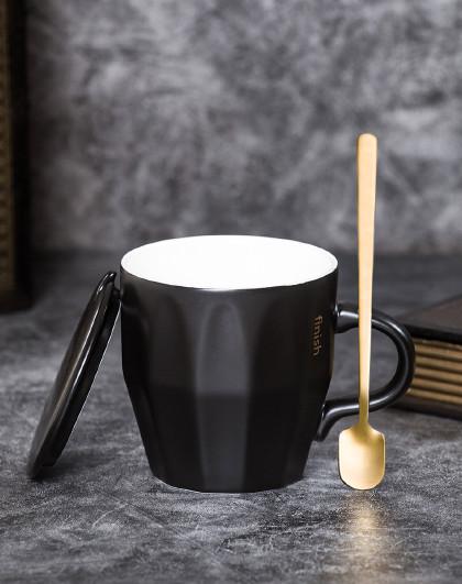 【2件起售】300ML欧式简约带盖勺陶瓷杯咖啡杯马克杯情侣对杯