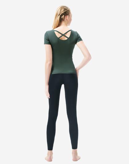 菩�q 【瑜伽服】女2021新款网红健身房运动初学者性感跑步瑜珈服
