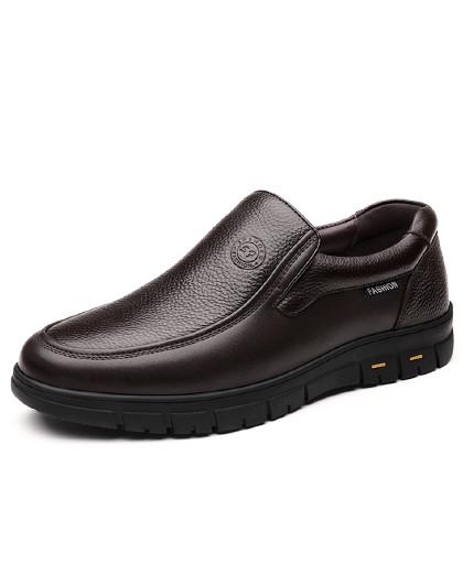 公牛世家 男鞋冬季新款圆头套脚加绒保暖韩版中老年百搭休闲皮鞋男