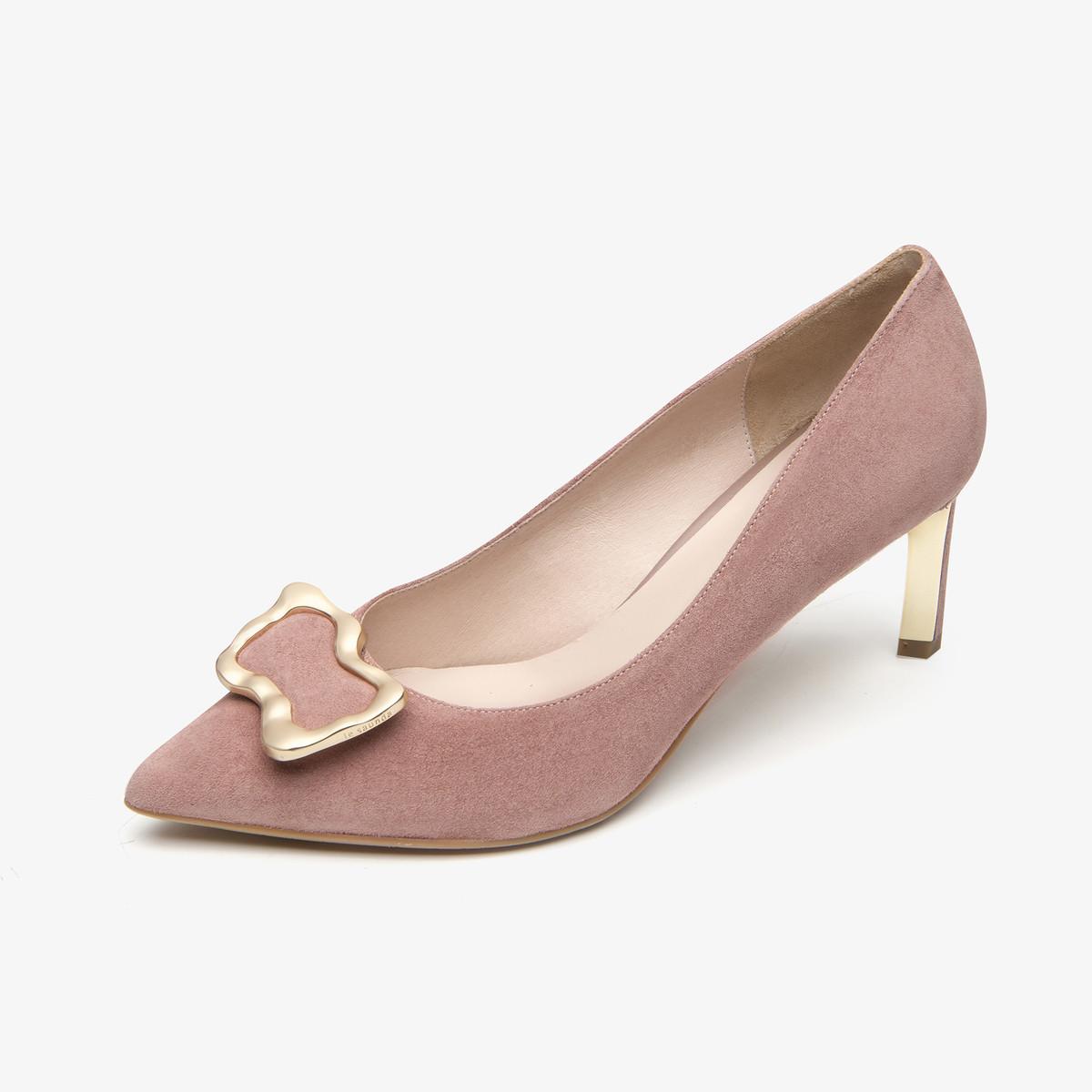 莱尔斯丹 四季时尚通勤尖头浅口金属扣细高跟女单鞋工鞋AT70105